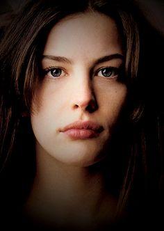 Liv Tyler #face #portrait