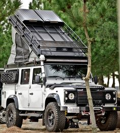 Off Road Roof Rack – Porch and Roof Land Rover Defender 130, Landrover Defender, Land Rover Overland, Defender Camper, Landrover Camper, Jeep Cj7, Jeep Rubicon, Jeep Wranglers, Triumph Motorcycles