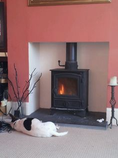 Log burner lit + chill time!!! Log Burner, Fireplace Ideas, Kitchen Flooring, Fireplaces, Interior Inspiration, Outdoor Spaces, Chill, Sweet Home, New Homes