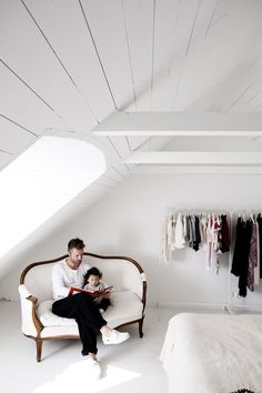 Scandinavian Style Interior Design: White but Powerful Interior Simple, White Interior Design, Interior And Exterior, Closet Bedroom, Home Bedroom, Childs Bedroom, Lego Bedroom, Upstairs Bedroom, Interior Inspiration
