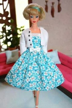 Side part American Girl modeling a retro fashion by Paintbox