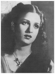 Kamini Kaushal born February 24 1927 is a Hindi film and television actress who is most noted for her roles in films like Neecha Nagar 1946 which won th Hindi Actress, Bollywood Actress, Kamini Kaushal, Bollywood Pictures, Film Song, Vintage Bollywood, Film Industry, Great Hair, Filmmaking