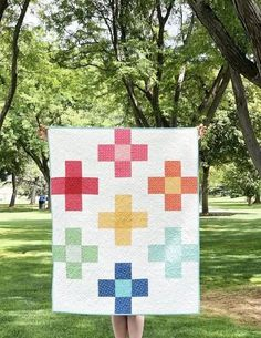 Positively Plus Mini Quilt and Crib Quilt Tutorial | Diary of a Quilter - a quilt blog