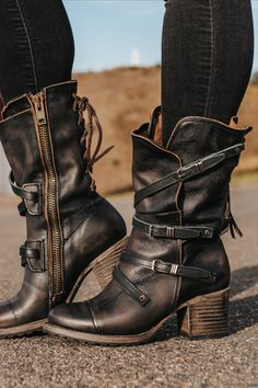 High Heel Boots, Heeled Boots, Bootie Boots, Shoe Boots, Classy Outfits, Fall Outfits, Rocker Chic Style, Boho Fashion, Autumn Fashion