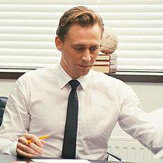 Just Tom Hiddleston Loki Thor, Loki Laufeyson, Loki Marvel, Thomas William Hiddleston, Tom Hiddleston Loki, Univers Marvel, Westminster, Avengers, Tommy Boy