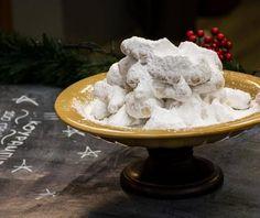 Κουραμπιέδες Food Categories, Christmas Recipes, Christmas Ideas, Camembert Cheese, Biscuits, Food And Drink, Cake, Crack Crackers, Cookies
