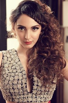 Kiara Advani Most Beautiful Indian Girl Beautiful Bollywood Actress, Most Beautiful Indian Actress, Beautiful Actresses, Indian Celebrities, Bollywood Celebrities, Female Celebrities, Korean Beauty, Indian Beauty, Kiara Advani Hot
