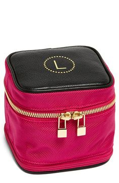 Monogrammed travel jewelry case  http://rstyle.me/n/dh7mjnyg6