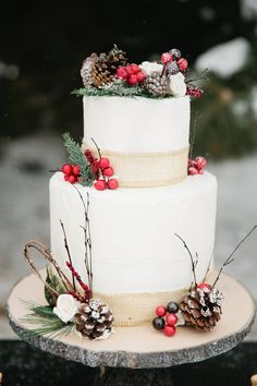 Christmas wedding cakes - Google Search