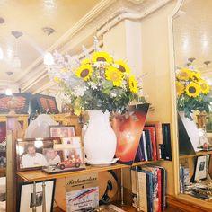 Abonnement de fleurs Restaurant Joséphine Chez Dumonet, le meuilleur restaurant de Paris! #decorationmariage #champetre #bouquetchampetre #rueducherchemidi #arrivagedefleurs #abonnementfleurs #decorationmariage #champetre #bouquetchampetre #rueducherchemidi #arrivage de fleurs #abonnementfleurs #josephine #chezdumonet #restaurantparis #프랑스꽃유학 #프렌치부케 http://misstagram.com/ipost/1547732269032454042/?code=BV6pkxnFrea
