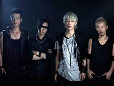 """IKE, the vocalist, underwent a polypectomy treatment. Currently, he is showing successful progress. Even though he is still under medical care, the band members and staff are proceeding to prepare for SPYAIR's next project.  SPYAIR WILL NOT BREAKUP. Rather, SPYAIR will move forward.  NEW SINGLE """"GLORY"""" http://youtu.be/inlePGiKk9E"""