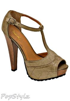 Qupid Sassy T-Strap Sandals