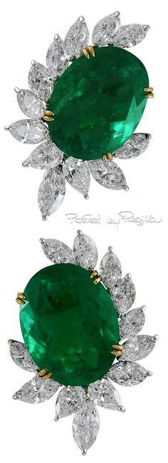 Regilla ⚜ Emeralds Diamond Cluster Earclips
