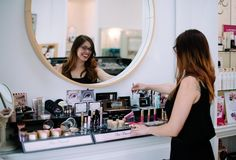 wedding makeup tips from powder room