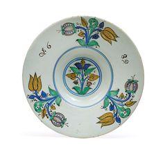 Haban broad-rimmed plate - Works of Art (Furniture, Sculptures, Glass, Porcelain) - Realized price: EUR - Dorotheum Art Furniture, Paint Colors, It Works, Sculptures, Porcelain, Auction, Pottery, Plates, Paint Colours