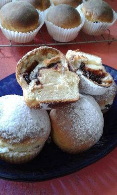 This no all / Disznóól - KonyhaMalacka disznóságai: Szilvalekváros bukta - muffin Hungarian Recipes, Hungarian Food, Garlic Bread, Muffins, Deserts, Lime, Food And Drink, Sweets, Snacks