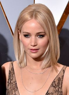 New Hair Goals Short Jennifer Lawrence Ideas Haircuts For Medium Hair, Medium Hair Cuts, Medium Hair Styles, Short Hair Styles, Hair Day, New Hair, Hair Inspo, Hair Inspiration, Corte Bob