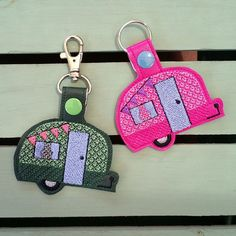 KEY FOB LUGGAGE TAG PURSE CHARM NEW EMBROIDERED LOVE INFINITY KEY RING