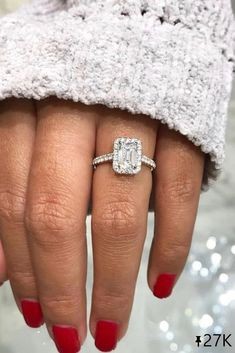 21 Emerald Engagement Rings For A Perfect Finger ❤ Emerald engagement rings are very common. Browse our gallery with the most beautiful emerald engagement rings and get pleasure! #ohsoperfectproposal #diamondrings #weddingrings #proposalideas #whitegoldrings #bestrings #emeraldcutrings #haloengagementrings #bestrings