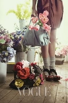 Oh miss flower: Gorgeous photos for Vogue Korea...