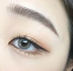 Ideas makeup korean style eyeliner Ideen Make-up koreanischen Stil Eyeliner Makeup Korean Style, Korean Makeup Tips, Asian Eye Makeup, Cat Eye Makeup, Natural Eye Makeup, Makeup Eyeshadow, Makeup Style, Hair Makeup, Asian Eyebrows