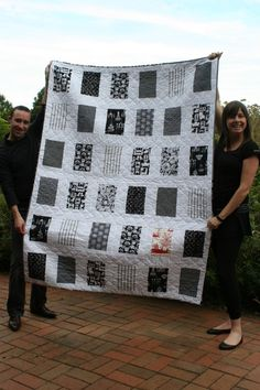 NewlyWoodwards: Black and white baby quilt OoO love it! Black and white contrast quilt for babies. black and white quilt- do chenille for the borders or sashings - I like the quilting patt Man Quilt, Boy Quilts, Scrappy Quilts, Star Quilts, Quilting Projects, Quilting Designs, Black And White Quilts, Black White, Two Color Quilts