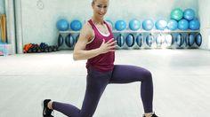 Pevný kulatý zadek a krásně vytvarovaná stehna. Takové křivky sluší snad každé ženě. Samotnou dietou jich ale nedosáhnete, musíte také trochu namáhat svalstvo. Máme pro vás tip na velmi efektivní domácí trénink!