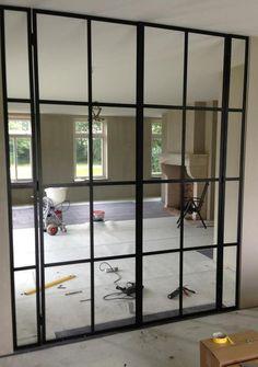 Bekijk de foto van stalen-deuren met als titel Geleverd: Stalen deuren van woonkamer naar keuken. en andere inspirerende plaatjes op Welke.nl.