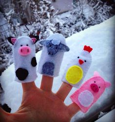 Finger animals Felt Quiet Books, Toddler Books, Handmade Crafts, Finger, Animals, Design, Animales, Animaux, Fingers