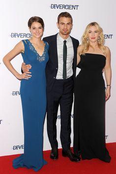 Pin for Later: Les photos de stars à ne pas louper cette semaine sont ici !  Shailene Woodley, Theo James et Kate Winslet à l'avant-première de Divergent, dimanche à Londres.