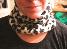 quick and easy steps to make a fleece neckwarmer using your sewing machine