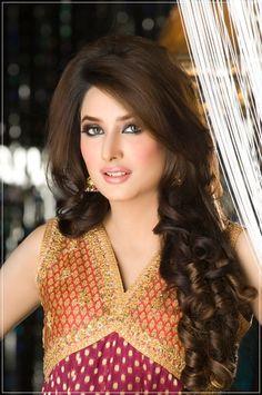 Gorgeous Pakistani Model Mehwish Hayat Photos   funmag.org