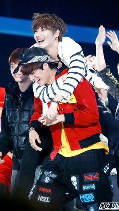 Kai and Taemin!! So cute