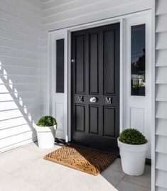 Ideas House Exterior Colors Weatherboard Porches For 2019 House Front Door, Hamptons House Exterior, House With Porch, House Entrance, House Front, House Exterior, Exterior House Colors, Hamptons House, Weatherboard House