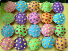 Baby Shower Desserts Boy Treats Polka Dots 36 New Ideas Safari Baby Shower Cake, Baby Shower Favors Girl, Baby Shower Desserts, Boy Baby Shower Themes, Polka Dot Theme, Polka Dot Party, Polka Dots, Polka Dot Cupcakes, Cute Cupcakes