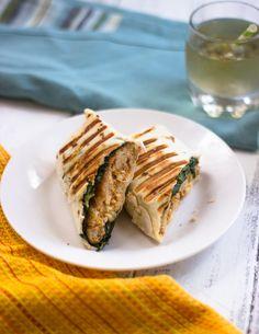 Quick & Easy Vegetarian Buffalo Chicken Wraps #healthy #veggies