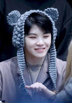 he's sooo fluffy im gonna die Hip Hop, Le Talent, Mingyu Wonwoo, Boo Seungkwan, Lee Jihoon, Seventeen Woozi, Some Beautiful Pictures, Thing 1, Kim Hongjoong