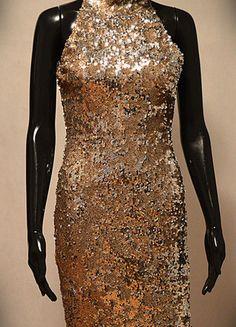 Kup mój przedmiot na #vintedpl http://www.vinted.pl/damska-odziez/krotkie-sukienki/13131042-zlota-sukienka-tfnc