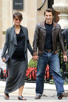 Halle Berry & Olivier Martinez: Pregnant In Paris