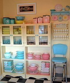 Love this kitchen...so retro!