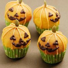 ハロウィンかぼちゃプチパン | レシピ| お菓子作り・パン作りの材料と道具の専門店 | cuocaクオカ