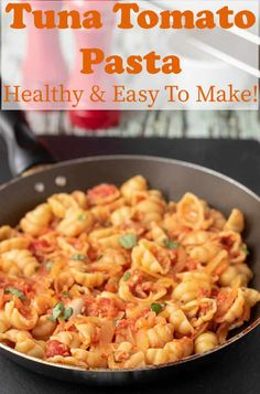 Tuna tomato pasta is a delicious healthy and easy recipe that only takes 20 minutes to make. A simple sauce, a few basic ingredients, and it's budget friendly too! Healthy Tuna, Quick Healthy Meals, Healthy Family Meals, Easy Meals, Healthy Drinks, Healthy Foods, Healthy Eating, Tuna Tomato Pasta, Tomato Pasta Recipe
