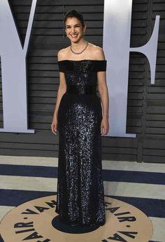 Radhika Jones Elton John Aids Foundation, Vanity Fair Oscar Party, Oscars, Red Carpet, Gowns, Couture, Formal Dresses, Celebrities, Clothes