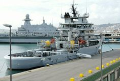 703 Al-Mussânid (Salvage ship UT-515 class) + 474 Qalâat Beni Abbâs (LPD), Algerian Navy