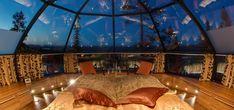 In Finlandia c'è un resort che permette di vivere l'emozionante incontro con l'aurora boreale dalle sue stanze-igloo uniche al mondo.