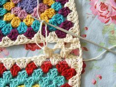 I like this way of joining squares  Crochet tutorial: joining granny squares 15