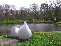 Sculpture at Keukenhof Gardens, Netherlands