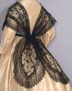 1855 chantilly lace fichu back