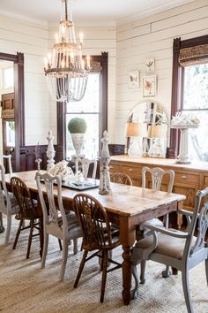 Traditional Dining Room Inspiration Dining Room Furniture And Decor Dining Room Colors, Dining Room Design, Dining Room Furniture, Dining Room Table, Dining Table Lighting, Dark Wood Kitchens, Kitchen Wood, Kitchen Dining, Kitchen Ideas