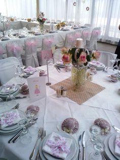 Reception table decoration